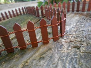 Tündérkert fa kerítés